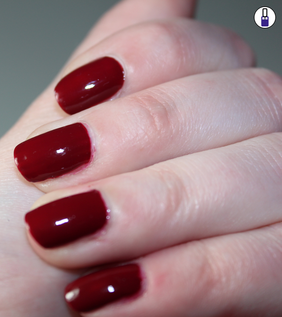 sally-hansen-gel-rot-02