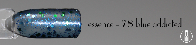 essence-78-blue-addicted-swatch