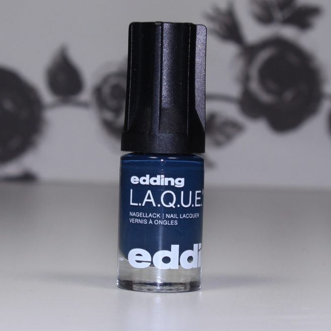edding-laque-distictive-dark-blue