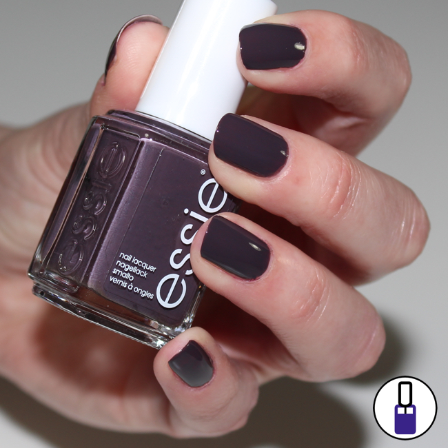 essie-smokin-hot-02